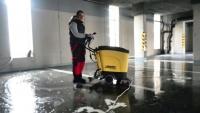 UMYTO - strojové čistenie podlahy v garážach