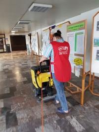 UMYTO - strojové čistenie podlahy